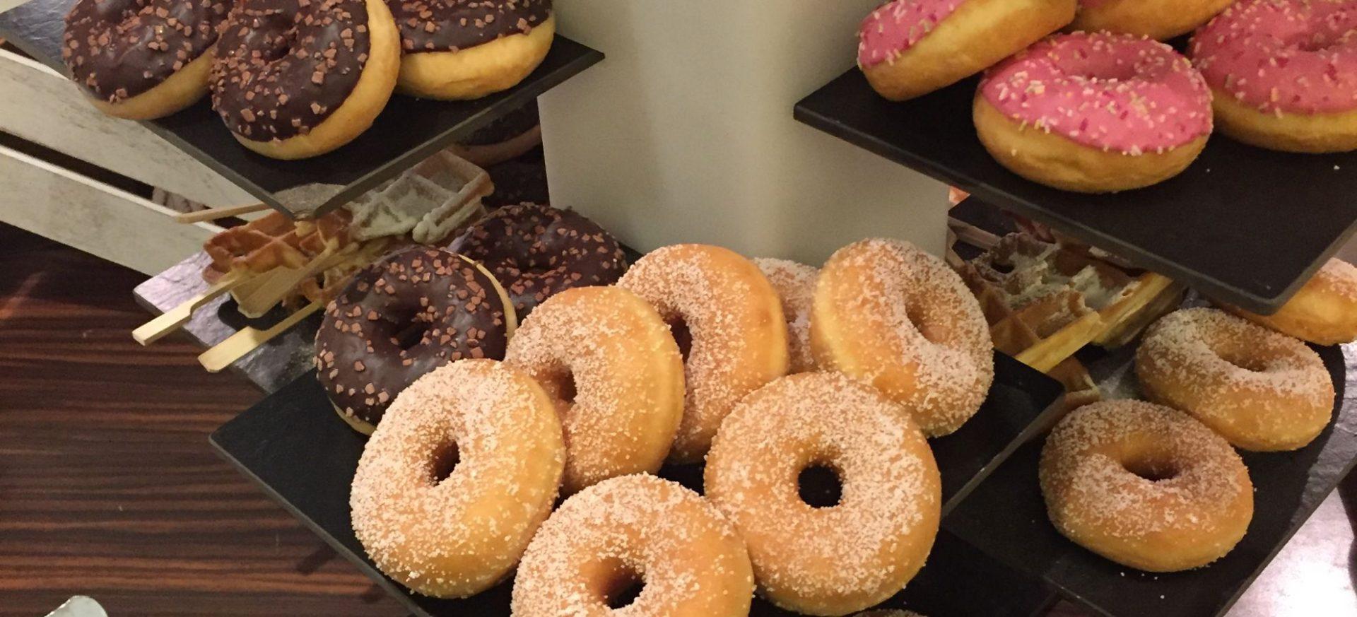 Donuts und Muffins Mercure Köln